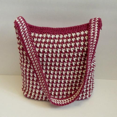 http://irepo.primecp.com/2016/05/282237/Alternating-Crochet-Bag_Large500_ID-1673174.jpg?v=1673174