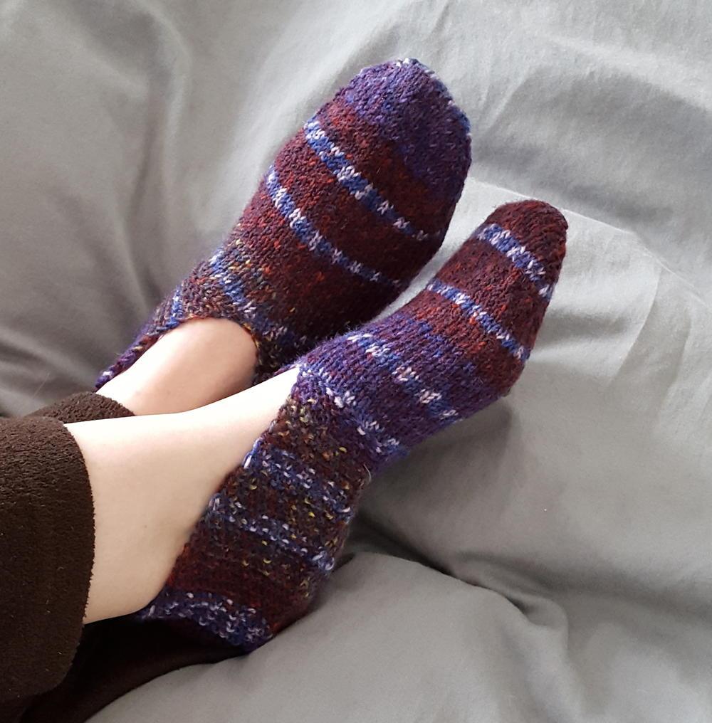 Easy Knitted Slippers | AllFreeKnitting.com