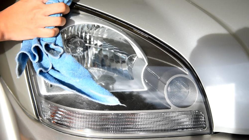 How To Clean Headlights Diyideacenter Com