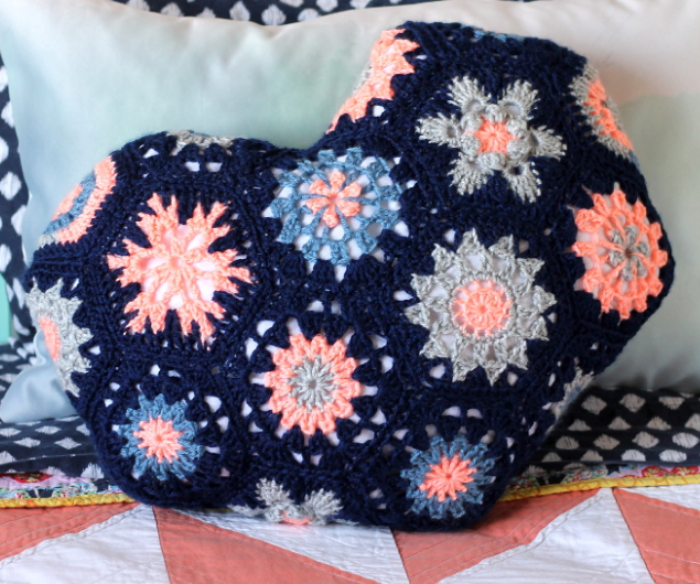 Heart Shaped Crochet Pillow Allfreecrochet Com