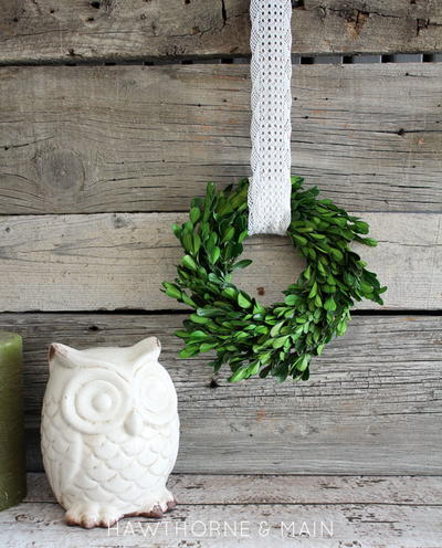http://irepo.primecp.com/2016/06/286897/mini-box-wood-wreath-7_Large400_ID-1726379.jpg?v=1726379