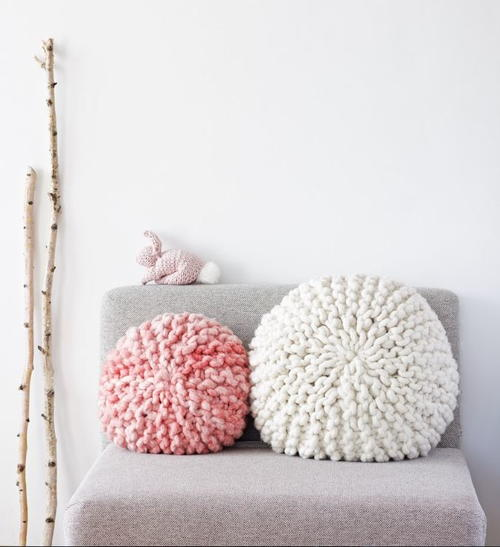 Baby Knit Hats Patterns : Adorable Super Chunky Pillows AllFreeKnitting.com