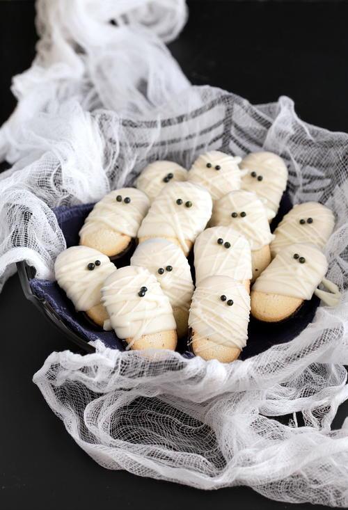 19 Scary Good Halloween Desserts