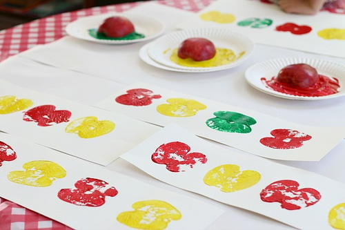 Apple Print Art for Kids