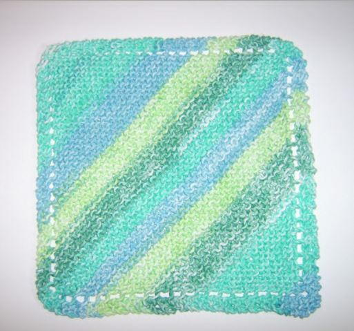 Cotton Dishcloths Knitting Patterns : Diagonal Knit Dishcloth Pattern AllFreeKnitting.com