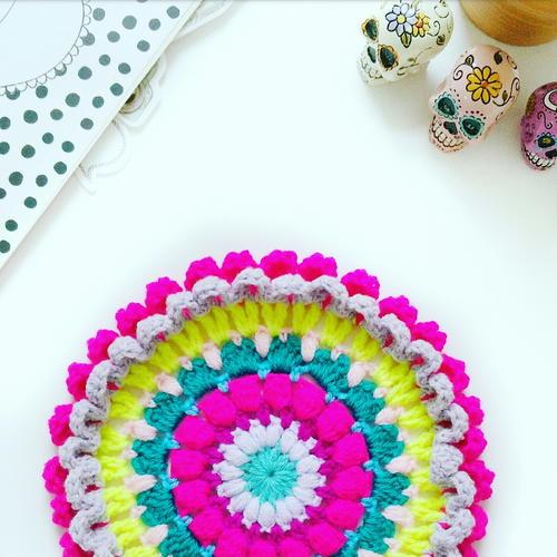 http://irepo.primecp.com/2016/07/290416/Psychadelic-60s-Crochet-Mandala_Large500_ID-1765981.jpg?v=1765981