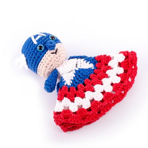 Free Crochet Pattern For Captain America Blanket : Captain America-Inspired Super Snuggle ...