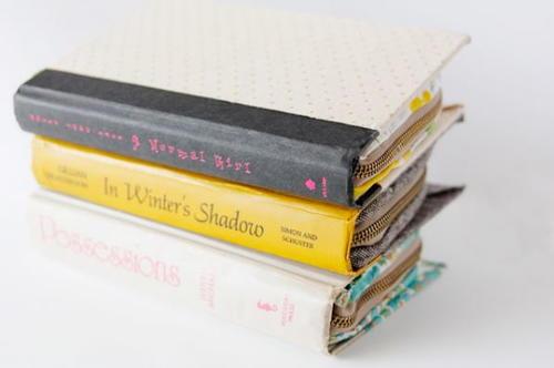 How To Make A Book Clutch With Zipper : Diy zipper book clutch allfreesewing