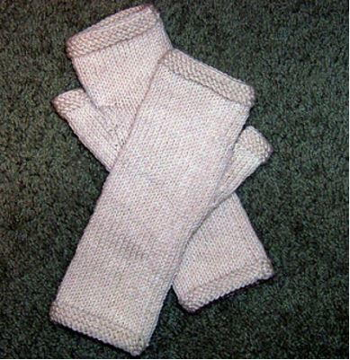 Double Knitting Pattern For Mittens Free : Double Trouble Knitting Patterns for Mittens and ...