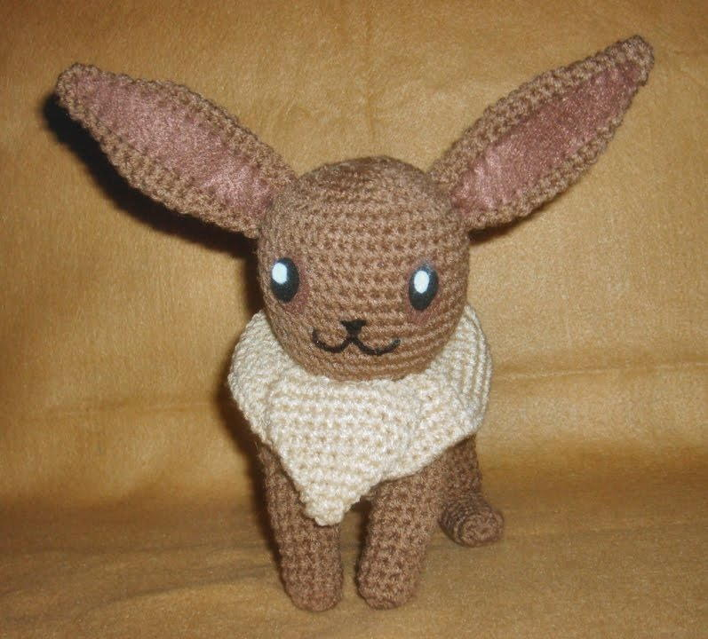 Cindy's Craft Corner: Evee C2C Pokemon blanket | 720x797