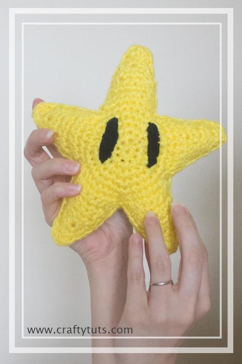 Amigurumi All Star : Mario Bros Star Amigurumi AllFreeCrochet.com