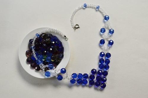 Blue Crystal Necklace Pattern