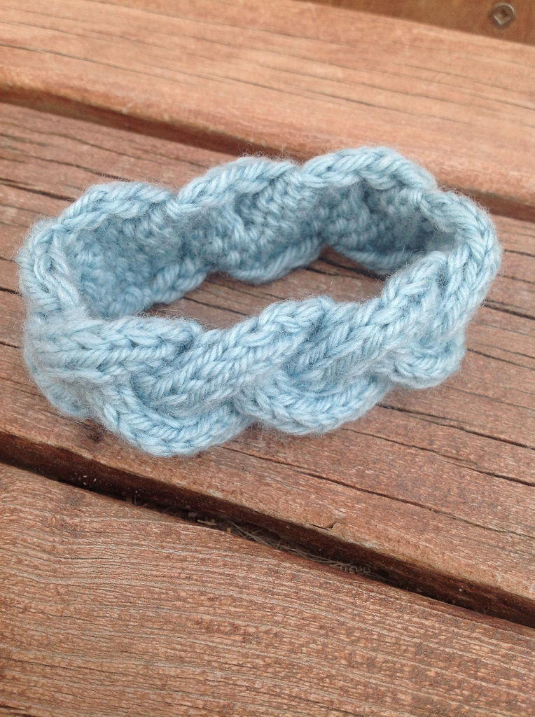 Knitting With Wire Book : Braided knit bracelet allfreejewelrymaking