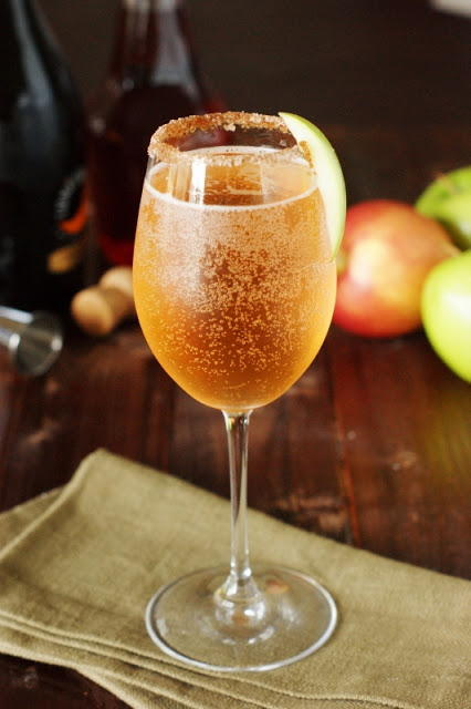 Crisp and Sparkling Apple Pie Cocktail