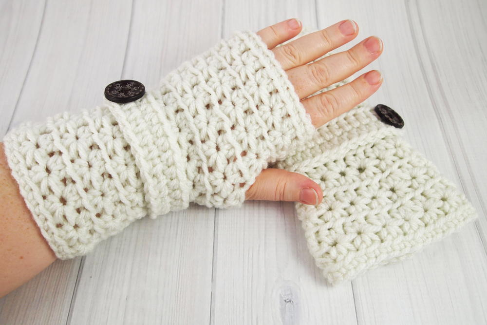 Crochet Fingerless Gloves Picture Tutorial : Crochet Star Stitch Fingerless Gloves AllFreeCrochet.com