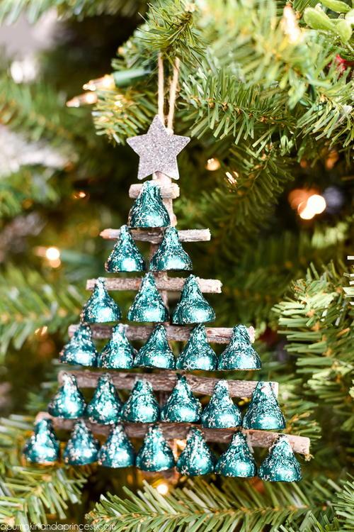 Seasons Greetings Hershey's Kisses Christmas Tree ...