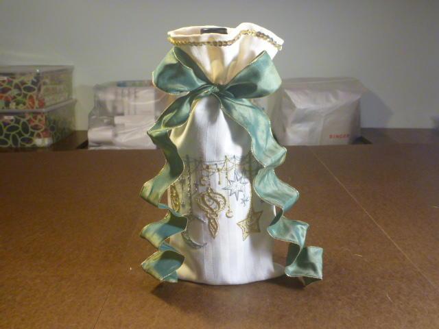 Easy Diy Wine Bottle Gift Bag Allfreesewing Com