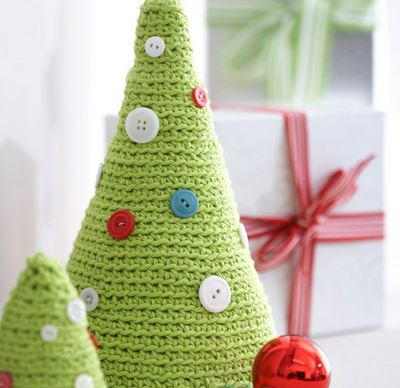 Free Crochet Pattern For Mini Christmas Tree : Crochet Christmas Tree Duo AllFreeChristmasCrafts.com