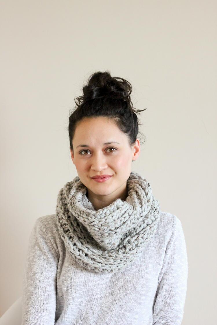 Knit Look Cowl Crochet Pattern Favecrafts Com