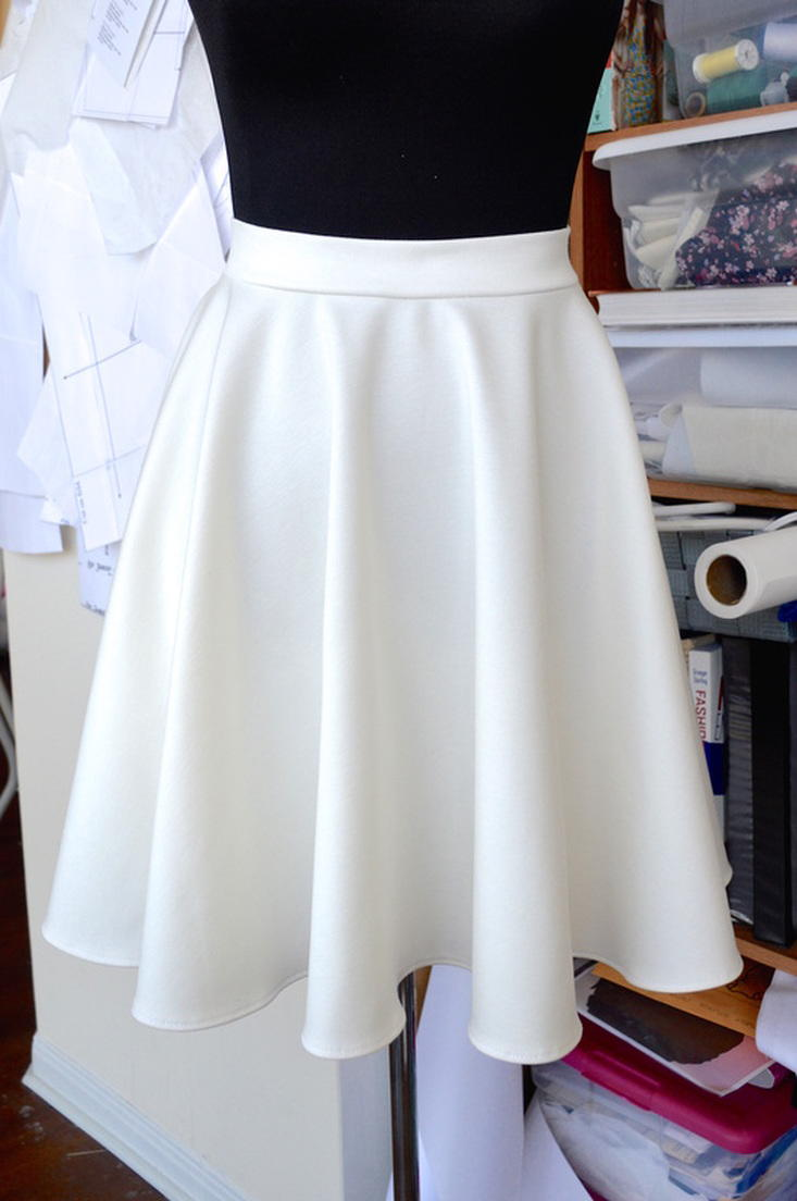 Simply Audrey Skirt Pattern Allfreesewing Com