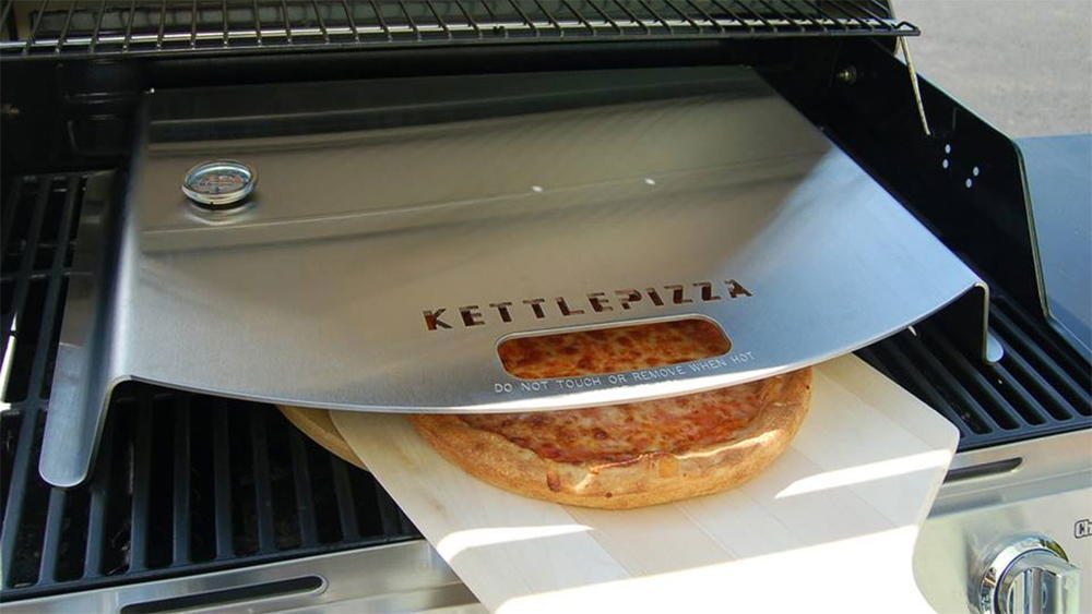 Kettlepizza Gas Pro Deluxe Pizza Grill Set Review