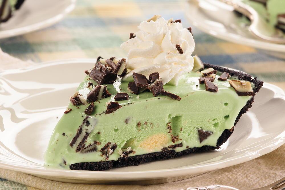 Minty Ice Cream Pie | MrFood.com
