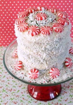 Easy holiday eggnog pound cake - Traditional eggnog recipe holidays ...