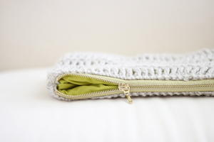 Beautiful Crochet Zipper Pouch