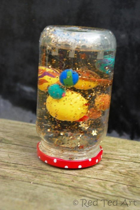 Kids homemade snow globes for Snow globe craft for kids