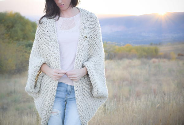 Big Knit Easy Blanket Sweater