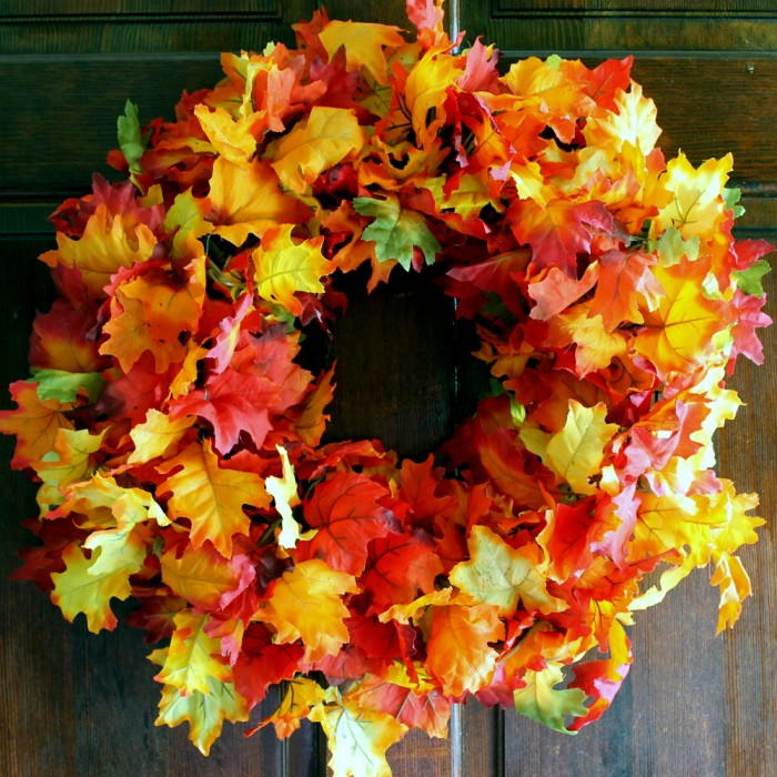 Quick And Easy DIY Fall Wreath