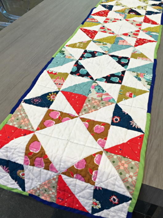 delightful table runner quilt pattern