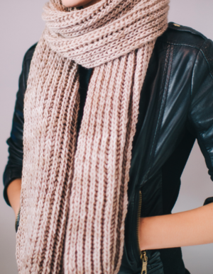 Easy Knitting Patterns For Hats And Scarves : Easy Knit Scarf AllFreeKnitting.com