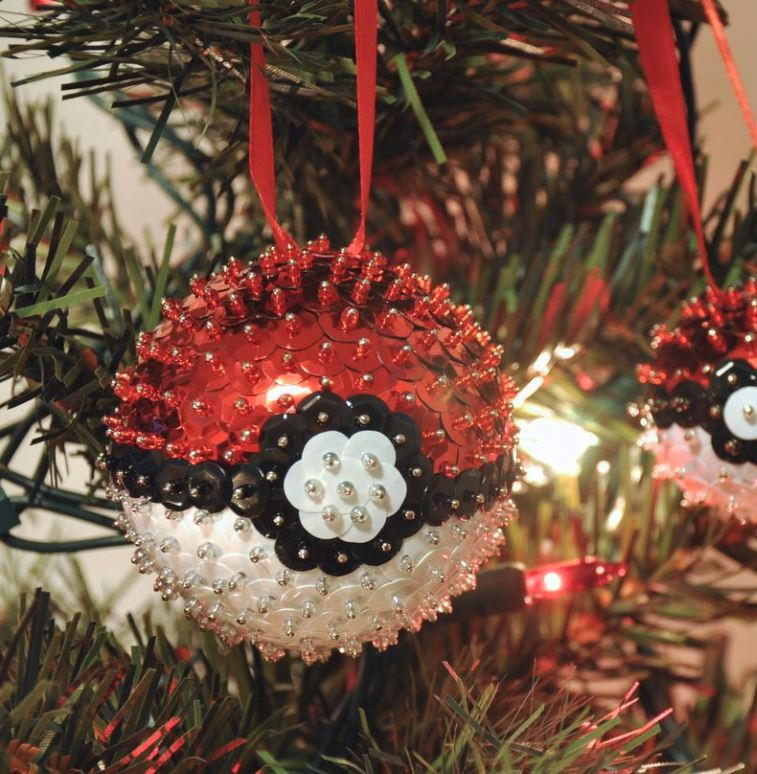 Sequined Poke Ball Ornament Allfreechristmascrafts Com
