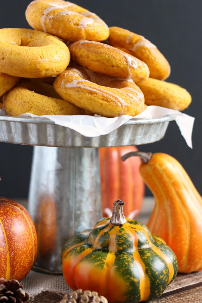 Easy Baked Pumpkin Spice Donuts Thebestdessertrecipes Com