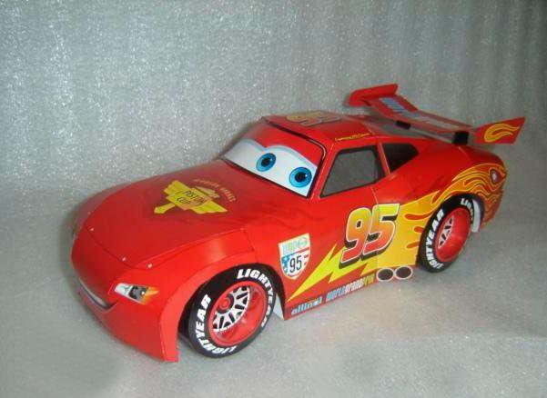 Printable Lightning McQueen Paper Toy AllFreePaperCrafts.com