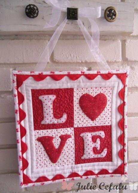 Love Letters Mini Quilt Favequilts Com
