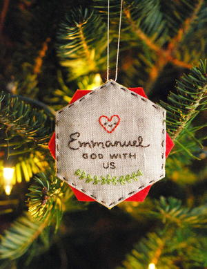 Easy Embroidered DIY Christmas Ornament