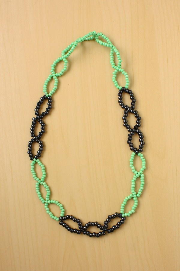 Bewitching Seed Bead Necklace Allfreejewelrymaking Com