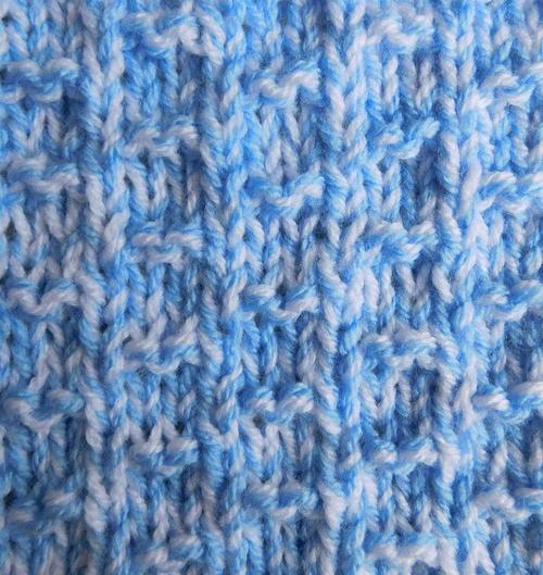 Nevis Chunky Baby Blanket AllFreeKnitting.com