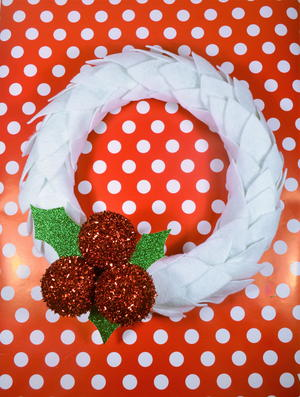 Felt and Holly Berries Wreath