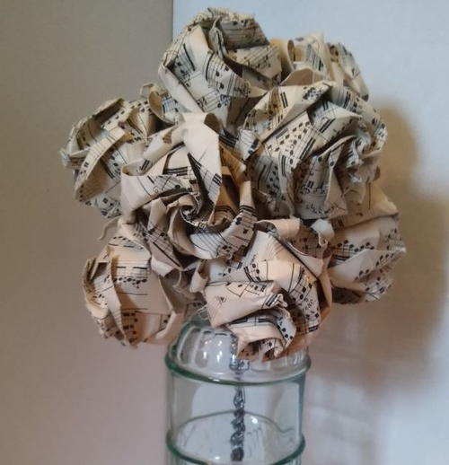 Sheet music diy paper rose bouquet for Paper roses sheet music free