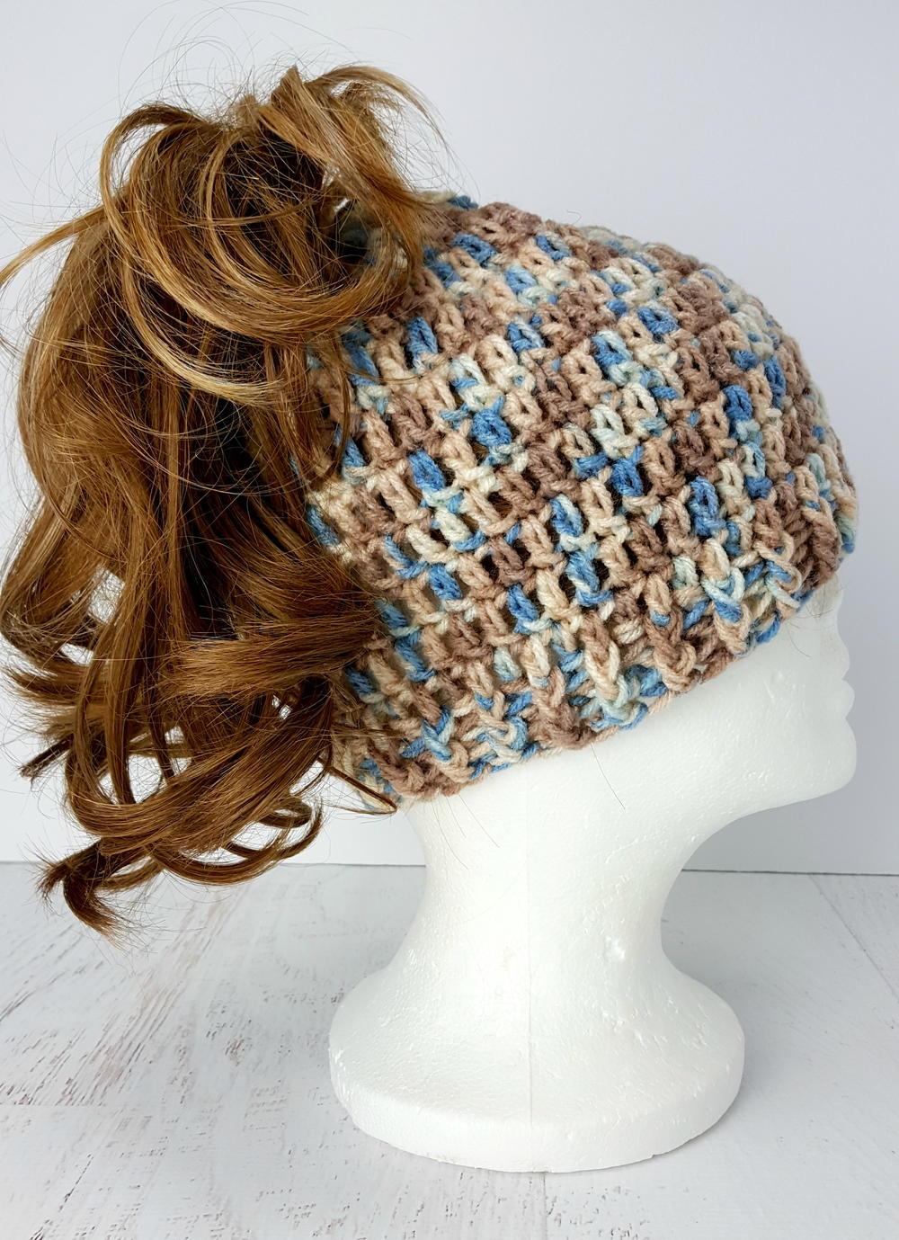 Easy To Crochet Quot Messy Bun Quot Hat Allfreecrochet Com