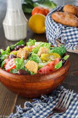 Copycat outback steakhouse tangy tomato dressing for Olive garden salad dressing recipe secret