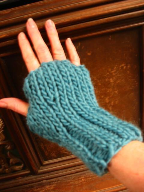 Julianne Fingerless Gloves Favecrafts Com