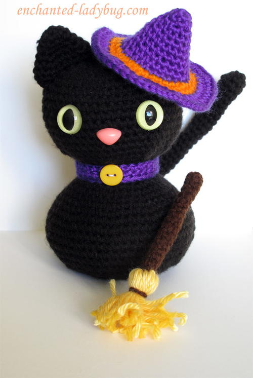 Amigurumi Halloween Black Cat AllFreeCrochet.com