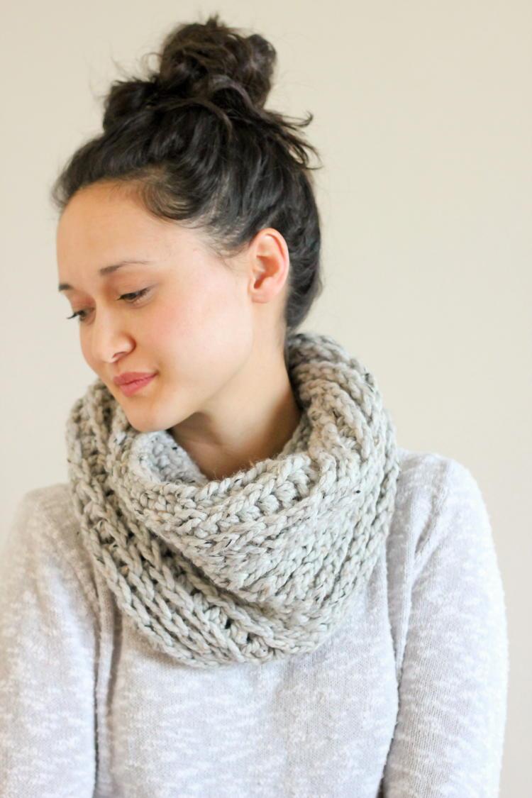 Knit Look Crochet Cowl | AllFreeCrochet.com