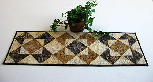 Roasted Coffee Table Runner Tutorial Favequilts Com