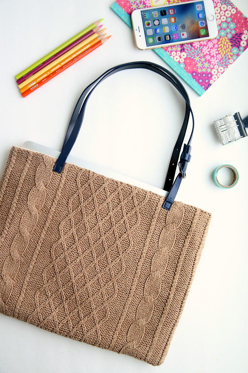 Upcycled Sweater Diy Laptop Tote Allfreesewing Com
