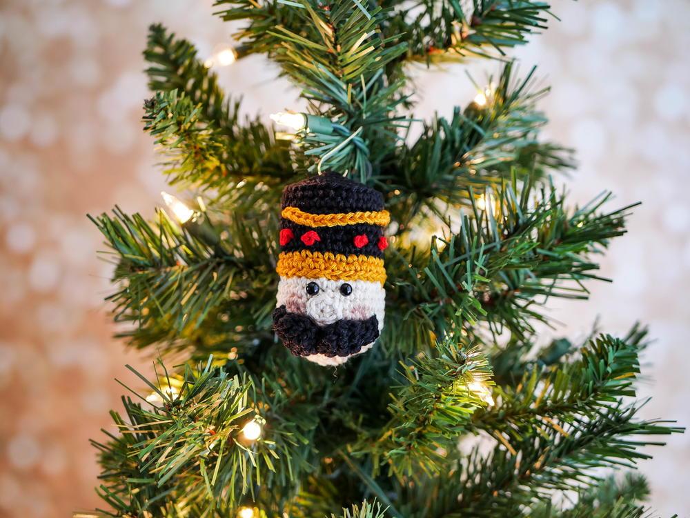 Nutcracker Ornament Allfreecrochet Com